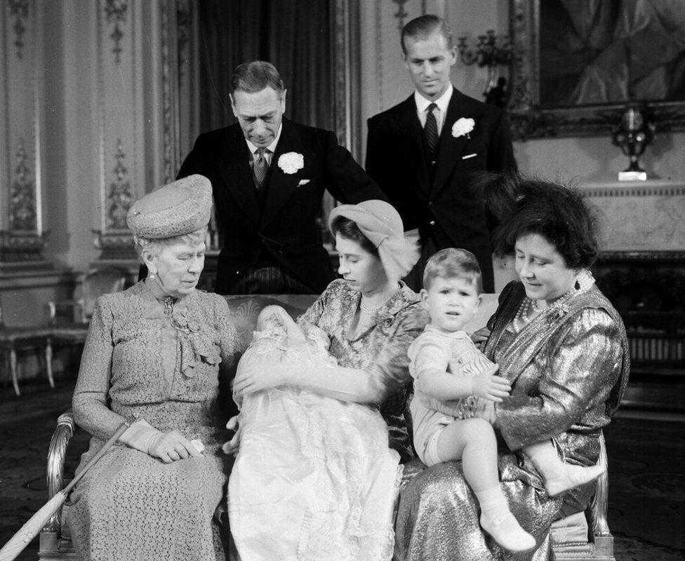 принцесса Диана упрочила права королевской семьи