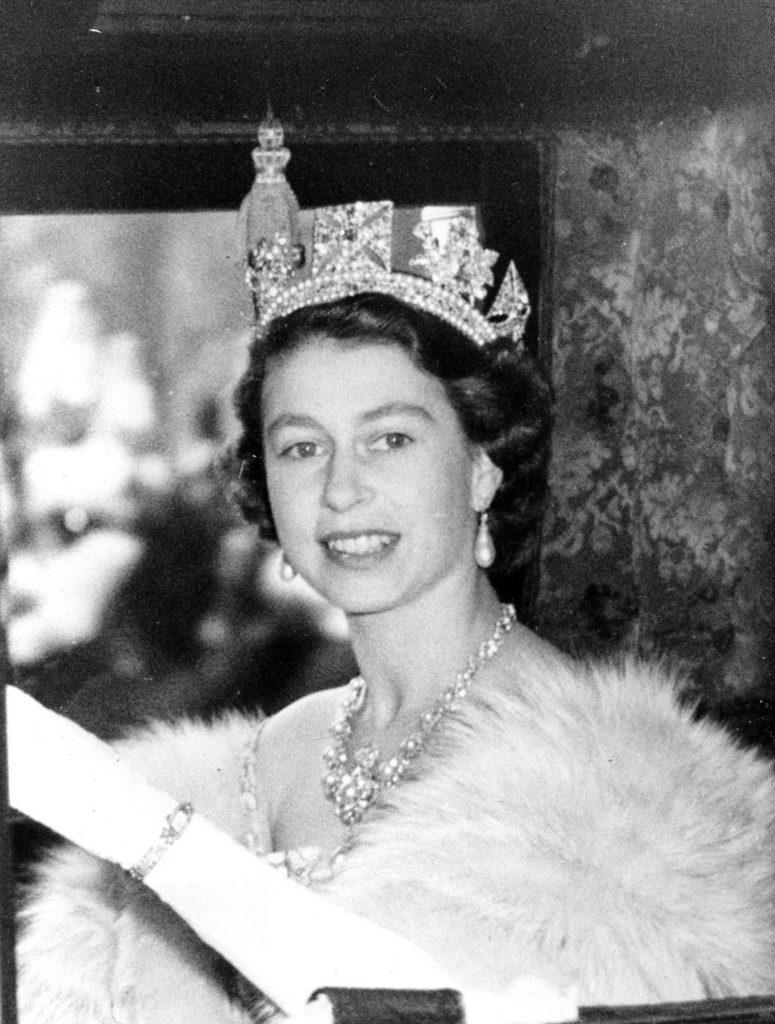 когда Елизавета стала королевой