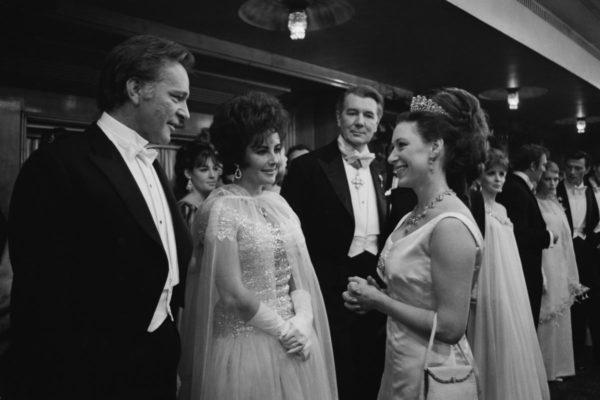 Принцесса Маргарет, Элизабет Тейлор и вульгарный бриллиант