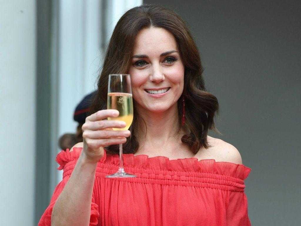 Алкогольные привычки британской королевской семьи