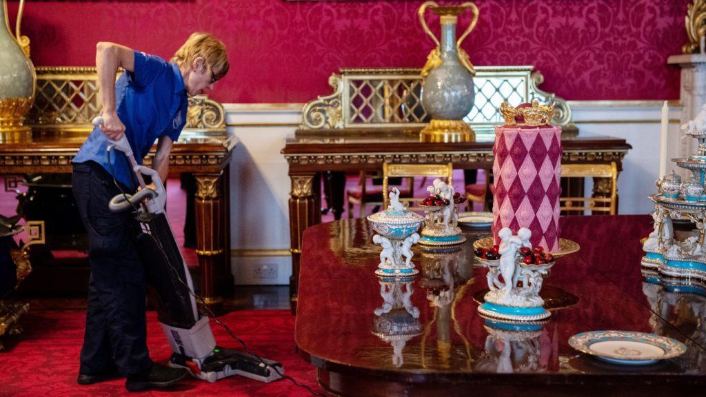 Как мертвая муха помогает нанимать сотрудников для принца Уильяма и Кейт