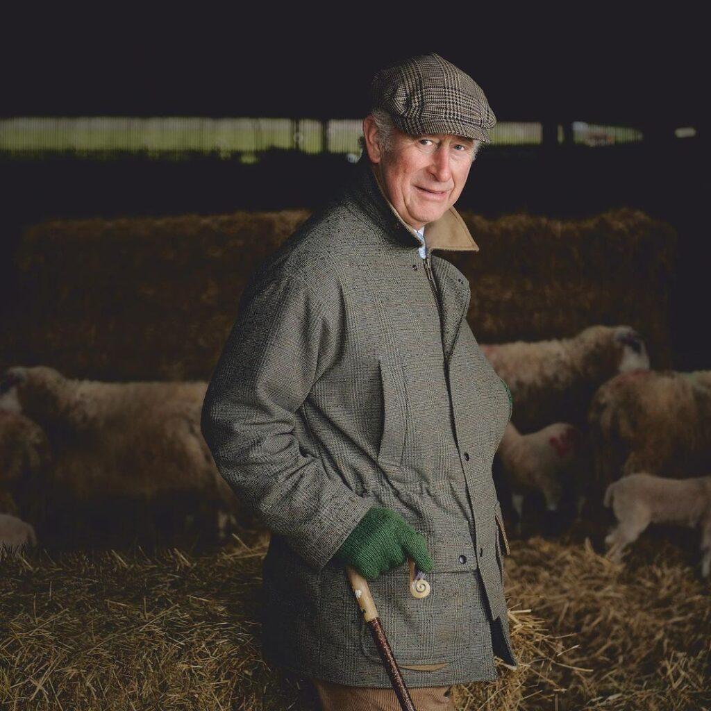 Принц Чарльз в сотрудничестве с Джейми Оливером запускает инициативу по пищевым отходам