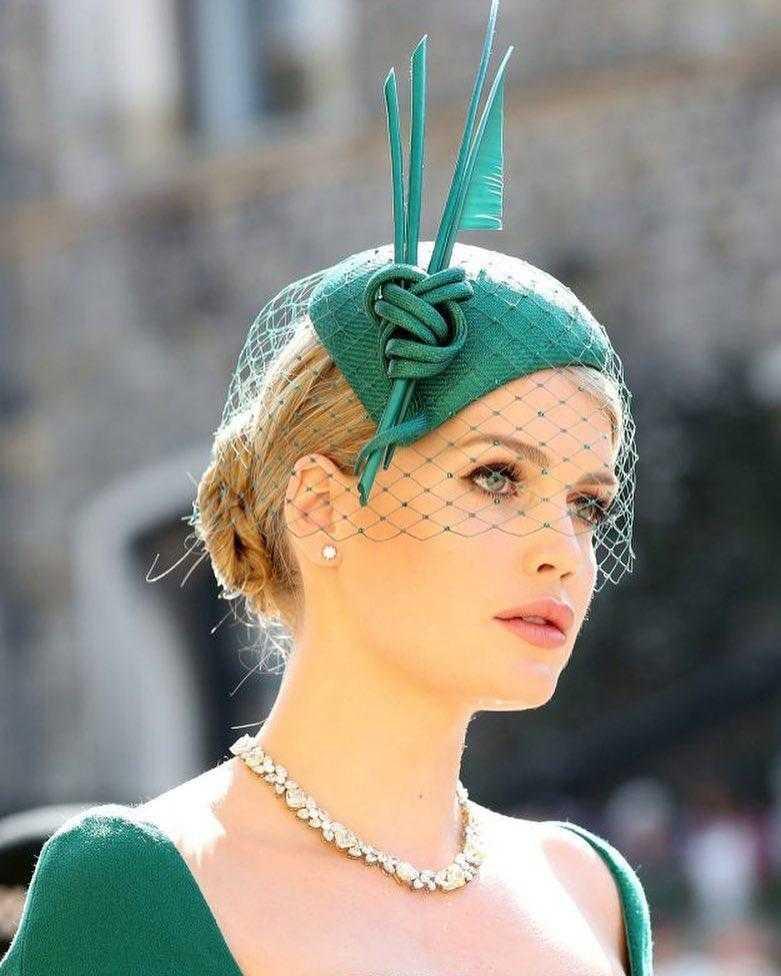 Китти Спенсер - самая красивая девушка на свадьбе принца Гарри и Меган: как складывается ее жизнь