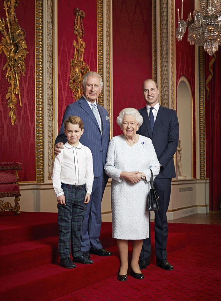 Кейт Миддлтон и принц Уильям готовят сына к роли короля