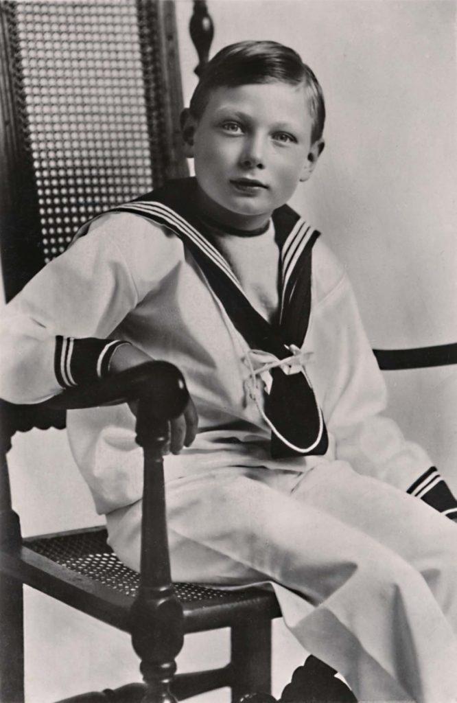 Принц Джон, младший сын Георга V, деда королевы, жил на ферме Вуд в Сандрингеме с 1917 года до своей смерти в возрасте 13 лет в 1919 году.