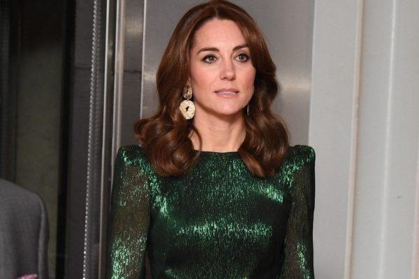 """Журнал Vogue назвал одно из платьев Кейт Миддлтон """"платьем десятилетия"""""""