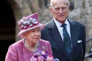 """Изменял ли принц Филипп королеве Елизавете, как на это намекали в сериале """"Корона"""""""